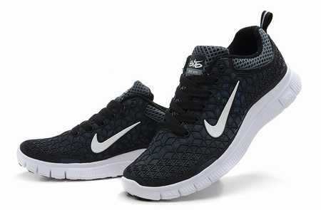nike run sneakers running asics femme rose chaussures running noires. Black Bedroom Furniture Sets. Home Design Ideas